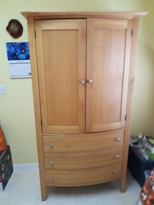 General shelving storage/armoire/wardrobe combo for Sale in Clermont, FL
