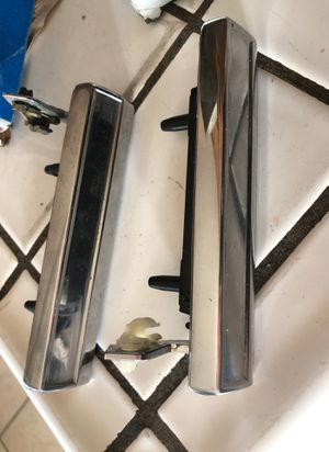 GM left and right outer door handles. for Sale in Fresno, CA