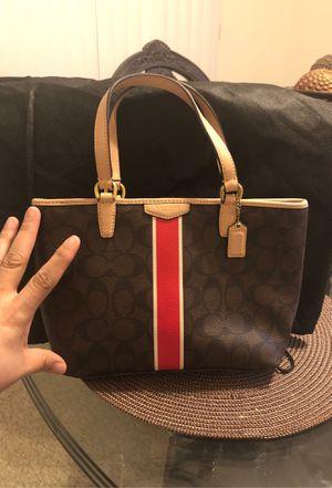 Little coach hand bag for Sale in Coachella, CA