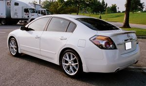 Gas cylinder 2007 Nissan Altima 3.5 S for Sale in Huber, GA