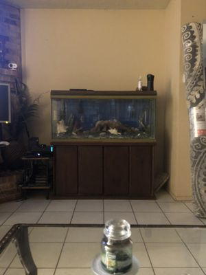 Fish tank w decorations for Sale in Houston, TX