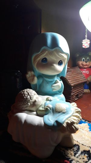 Precious Moments raindrop boys and small mary for Sale in North Richland Hills, TX