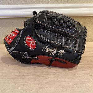 Rawlings Heart Of The Hide 12 Inch Baseball Glove for Sale in Los Angeles, CA