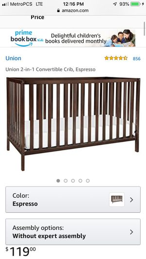 2 in 1 Convertible Baby/Toddler Crib for Sale in Riverdale, GA