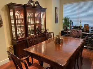 Formal Dining Room Table w/ Chairs and China Cabinet for Sale in Houston, TX