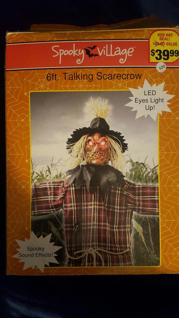 6' Talking Scarecrow