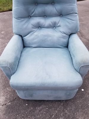 Chair for Sale in Sebastian, FL