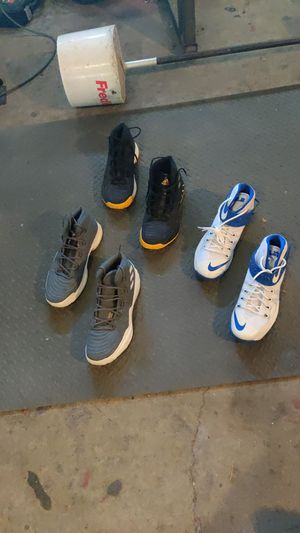 3 pairs men's basketball shoes 16's for Sale in Vancouver, WA