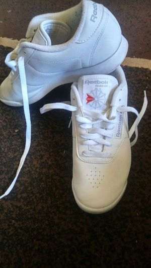 Reebok shoes 7 1\2 usa asking for $35 mustd pick up for Sale in Las Vegas, NV