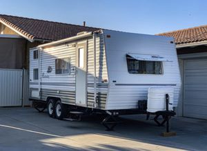 Updated 2006 20' Weekender Travel Trailer for Sale in Upland, CA
