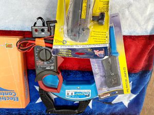Klein..Ideal fishtapes...multimeter....low voltage crimping tool..rotosplit..book on motor controls for Sale in San Diego, CA