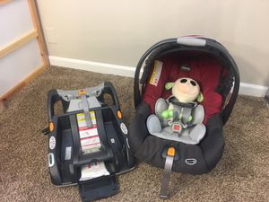 Chicco car seat with base. Chicco Keyfit 30 for Sale in Torrance, CA