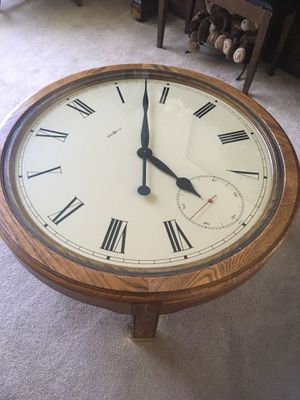 Howard Miller Solid Wood Table Clock for Sale in San Diego, CA