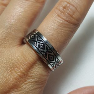 Beautiful Stainless Steel Ring Band For Men Women Ring Ring Size: 12 Thickness: 8mm - RGN-76 *Shipping Only* for Sale in Queens, NY