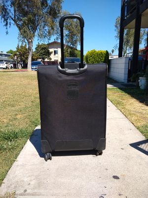 Large Suit Case Samsonite for Sale in Anaheim, CA
