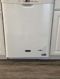 Maytag dishwasher for Sale in Vancouver,  WA