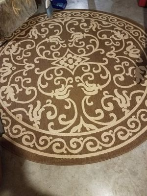 Indoor outdoor large round rug for Sale in Lathrop, MO