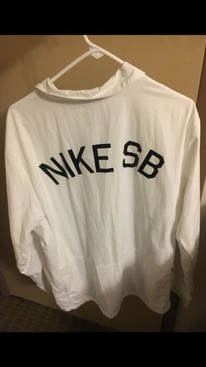 XL Nike sb jacket for Sale in Pittsburgh, PA