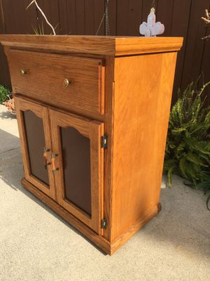 Kitchen Cabinet/Island/Bar- Solid Oak- Has lots of Storage Below- Has Drawer & Doors with Amber Glass- Has Wheels! Custom Made By NY Woodworker! for Sale in La Puente, CA