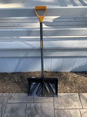Snow Shovel for Sale in Oregon City, OR