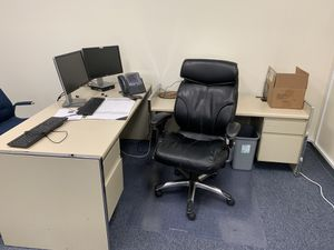 Free office furniture only looking for serious people. PENDING Offer for Sale in Garden Grove, CA