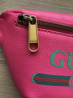 Gucci Pink Fannypack for Sale in Los Angeles, CA