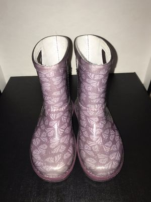 UGG Kids Rainboots Size 9 for Sale in North Potomac, MD