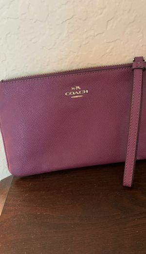 Coach hand wallet for Sale in Casselberry, FL