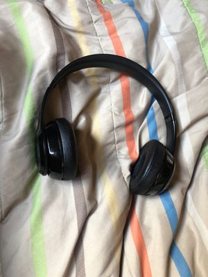Beats solo 3 wireless headset for Sale in Pittsburgh, PA