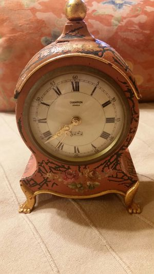 Antique Musical Wind Up Clock for Sale in Yorkville, IL