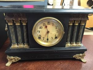 Antique clock for Sale in Irving, TX