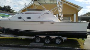 30Ft Luhrs with two three 50s engines and a five KW generator for Sale in Tampa, FL