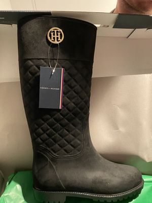 Size 11 Tommy Hilfiger rain boots women's for Sale in The Bronx, NY