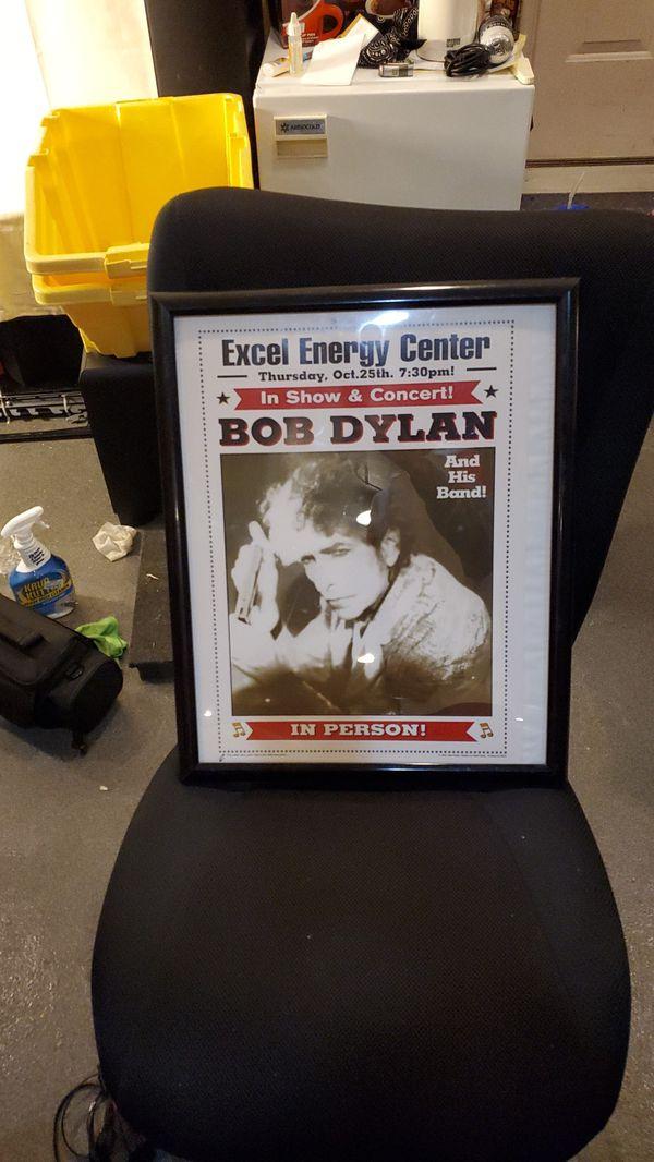 BOB dylan concert poster in black frame