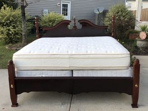 Gorgeous King Size Bed with Solid Wood Headboard, Footboard, Side Rails, Mattress, Boxspring and slats. Very good condition. Door Delivery available. for Sale in Raleigh, NC