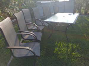 Chairs and table for Sale in Lake Wales, FL