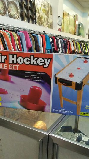 Air Hockey Table Set. for Sale in Tampa, FL