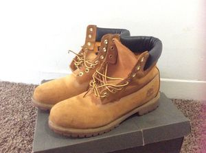 Timberland boots size 9 men's for Sale in Kansas City, MO