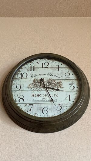 Large Bordeaux Clock for Sale in El Dorado, AR