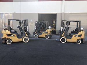 2015 CAT 5,000 LB Forklifts Low Hours for Sale in Phoenix, AZ
