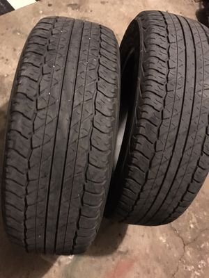 225/60/18 two Dunlop tires for Sale in Winfield, IL