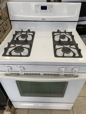 Whirlpool stove for Sale in Dearborn Heights, MI