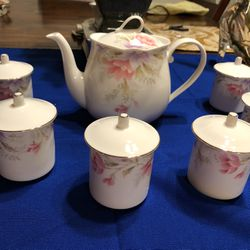 Japanese Tea Set Collection By Bone China for Sale in La Puente,  CA