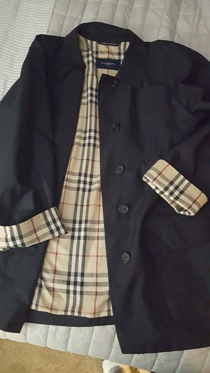 Burberry rain jacket women's size medium navy blue in color excellent condition for Sale in Brandon, MS