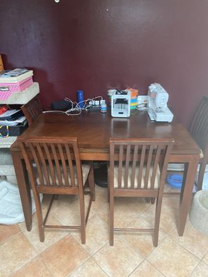 Free Kitchen Table & Chairs for Sale in Pacifica, CA