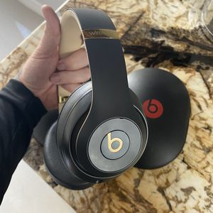 Beats Studio 3 Wireless for Sale in Land O' Lakes, FL