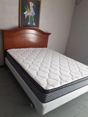 Queen bed Cama Queen for Sale in Pasco, WA