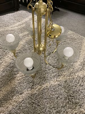 Chandelier $5 for Sale in Troutdale, OR