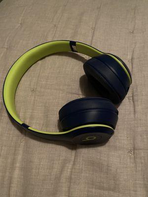 Beats solo 3 wireless for Sale in Encinitas, CA