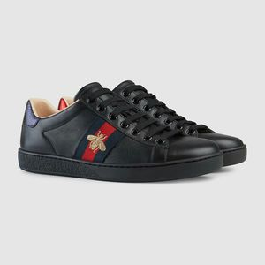 Gucci Sneakers leather black for Sale in Sunnyvale, CA